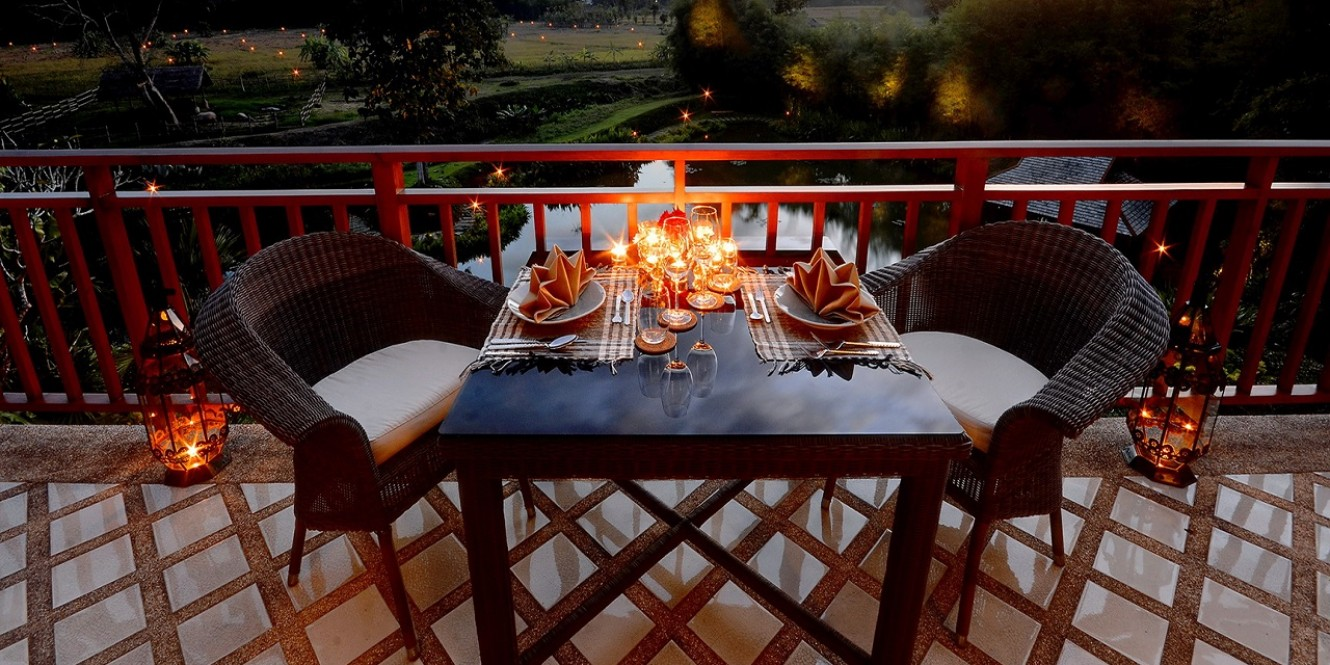 Night Dining on Balcony, Pa Sak Tong Villa