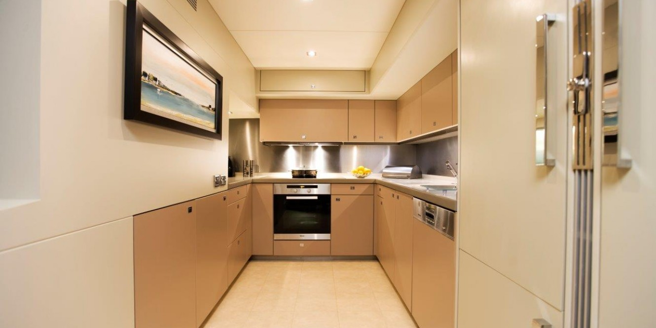 Motoryacht Sunkiss 11 Galley