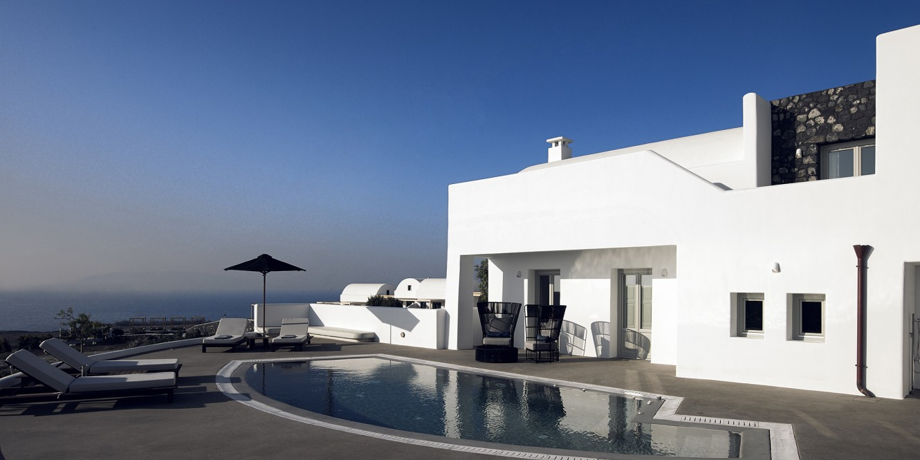 25. Luxury Villa Outdoor Area