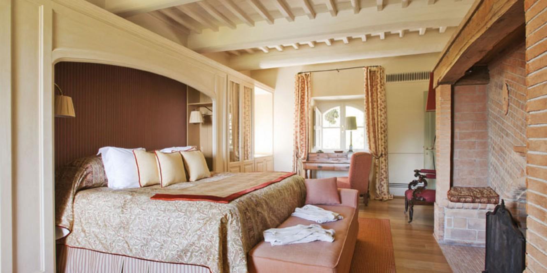 Foyer Don Bosco Hotel Italy : Villa castello rosewood castiglion del bosco
