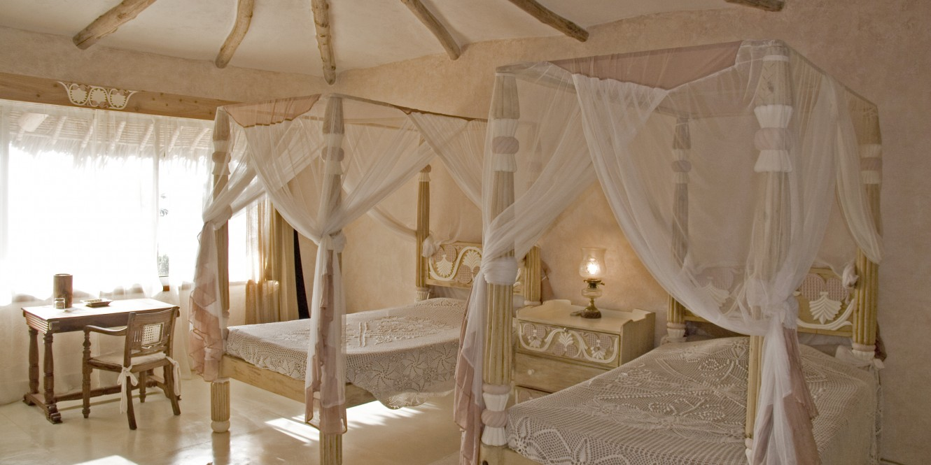 Alfajiri Garden House Ivory Bedroom twin
