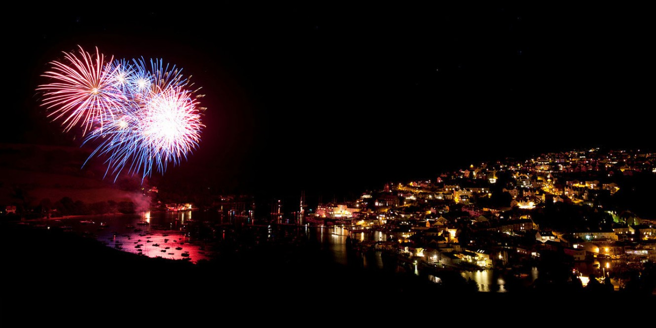 fireworks in salcombe